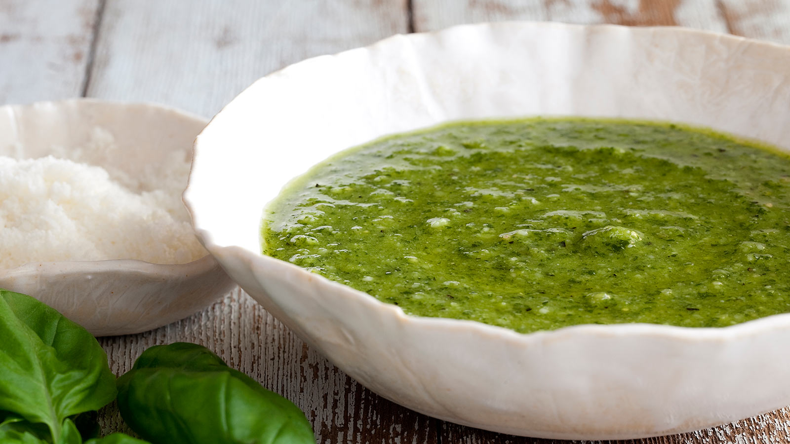 El yapımı ama el yakmayan yeşil acı sos